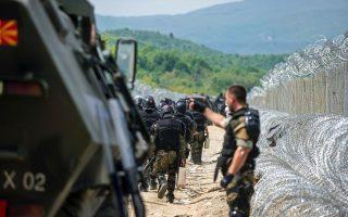 greek-police-crack-down-on-activists-along-fyrom-border