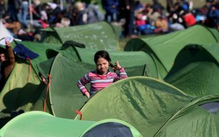 oecd-spending-on-refugees-doubled-to-12bn-in-2015
