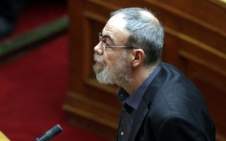 greece-seeks-to-evacuate-piraeus-port-by-easter-official-says