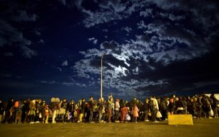 boat-returning-migrants-from-greece-arrives-in-turkey