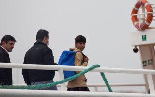 greece-expels-second-migrant-batch-under-eu-turkey-deal