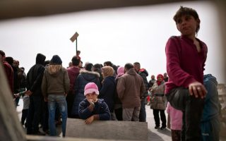 syrians-flown-to-germany-as-part-of-eu-turkey-refugee-deal