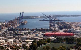 greece-seals-sale-of-its-biggest-port-piraeus-to-china-cosco