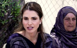 on-lesvos-queen-rania-calls-for-amp-8216-legal-amp-8217-refugee-path-to-europe