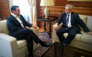 tsipras-lends-full-support-to-kontonis-in-battle-with-soccer-federation