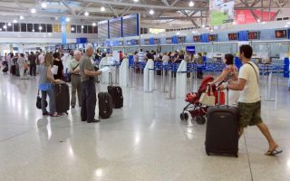 greece-amp-8217-s-civil-aviation-workers-to-strike-over-airport-concessions
