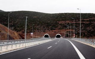 gov-amp-8217-t-to-pay-contractors-more-to-finish-delayed-road-projects