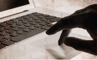 greek-woman-conned-out-of-thousands-by-online-scammer
