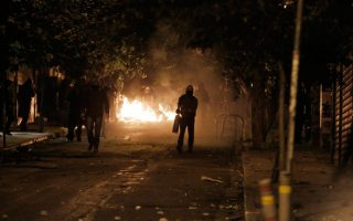 assailants-firebomb-police-unit-culture-ministry-offices-in-exarchia0