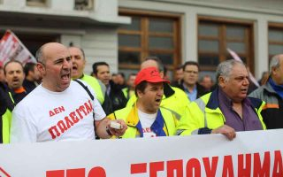 strikes-at-piraeus-and-thessaloniki-ports-called-off-at-last