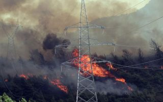 fire-breaks-out-northeast-of-athens