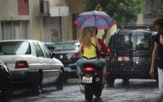 torrential-rain-floods-homes-in-northern-athens