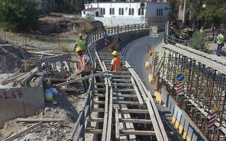 central-piraeus-roads-to-be-closed-from-monday-for-tram-works