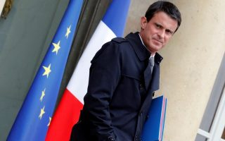 french-pm-valls-expresses-interest-in-investments