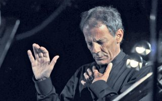 skai-charity-concert-unites-leading-greek-vocalists-under-stavros-xarchakos-baton