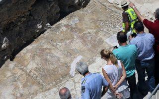 unique-roman-era-mosaic-of-hercules-s-labors-to-go-to-larnaca-museum