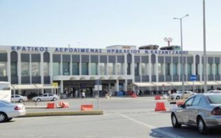 two-syrians-stopped-at-iraklio-airport-with-forged-travel-documents