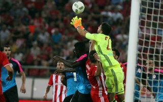olympiakos-fans-jeer-their-team-in-goalless-draw-with-hapoel