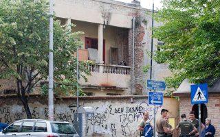 police-raid-squats-in-thessaloniki