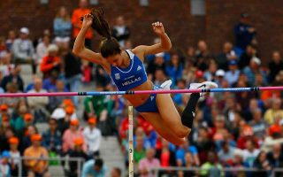 pole-vaulter-stefanidi-wins-gold-in-europeans-with-4-81-m