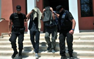 greek-court-gives-suspended-sentence-to-turkish-officers-who-fled-coup