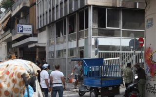 migrant-squat-in-exarchia-firebombed-no-injuries-reported