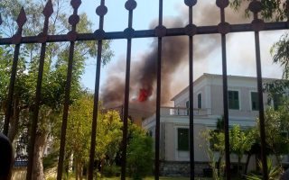 fire-in-lefkada-amp-8217-s-old-town-burns-four-houses