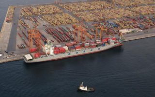 china-s-cosco-to-buy-51-pct-stake-in-piraeus-port-next-week-sources-say