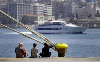 desperate-and-depressed-syrian-refugees-in-greece-regret-leaving-home