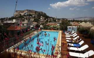 average-price-of-double-room-in-greece-higher-than-rivals