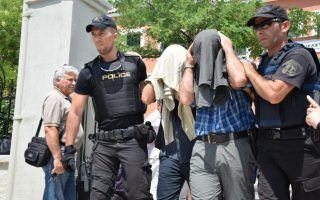 turkey-requests-return-of-eight-officers-who-fled-to-greece