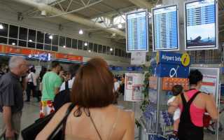 athens-airport-passengers-up-10-pct-in-august