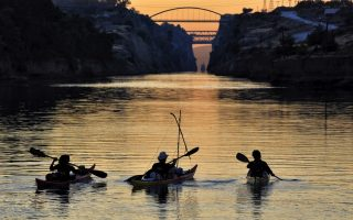 french-students-little-odyssey-takes-in-corinth-canal