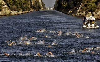 swimming-through-the-corinth-canal0