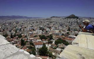 small-decline-to-hotel-rates-in-athens-this-month