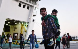 small-percentage-of-europe-amp-8217-s-migrants-relocated
