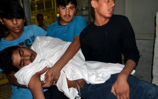overnight-clashes-at-lesvos-migrant-center