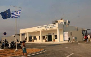 paros-airport-trebles-incoming-passengers-in-august