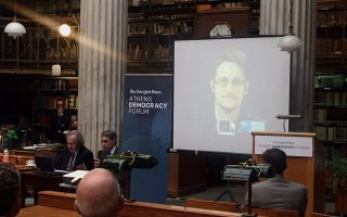 snowden-tells-athens-conference-he-ll-vote-in-us-presidential-elections