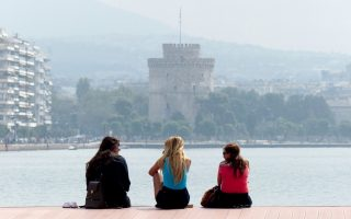 statue-of-former-queen-to-be-inaugurated-in-thessaloniki