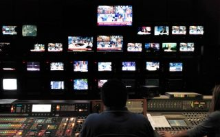 poll-says-government-did-not-handle-tv-license-auction-well