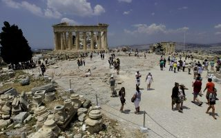 spending-by-tourists-drops-further-than-estimated