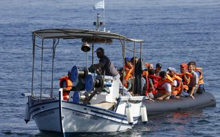lesvos-mayor-grants-prize-money-to-two-fishermen-who-saved-hundreds-at-sea