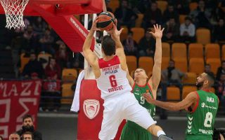 reds-dismiss-baskonia-but-greens-suffer-in-turkey