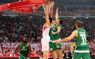 red-hoopsters-dominate-another-greek-derby-in-euroleague