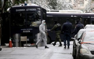 greek-police-sees-active-group-behind-attack-at-pasok-offices