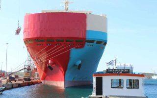 cosco-to-bring-huge-floating-docks-to-piraeus-ship-repair-zone