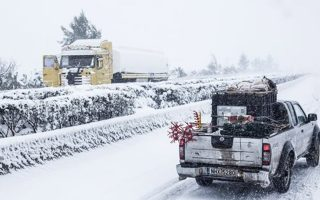 snow-rain-cause-problems-in-northern-greece-peloponnese