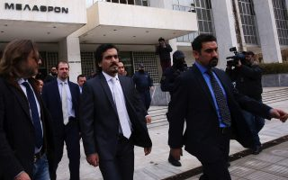 verdict-on-turkish-officers-extradition-due-on-thursday