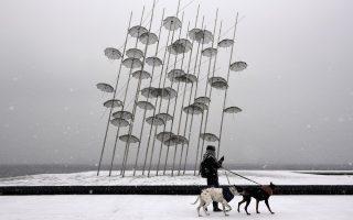 snow-blankets-thessaloniki